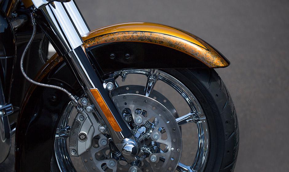 15 hd cvo limited 5 large - Harley Davidson CVO ULTRA LİMİTED