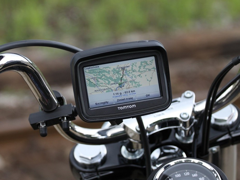 tomtom bluetooth