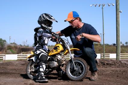kid_on_dirtbike