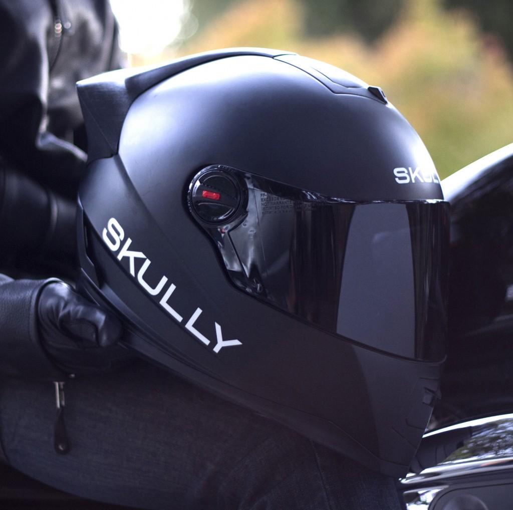 skully-helmet