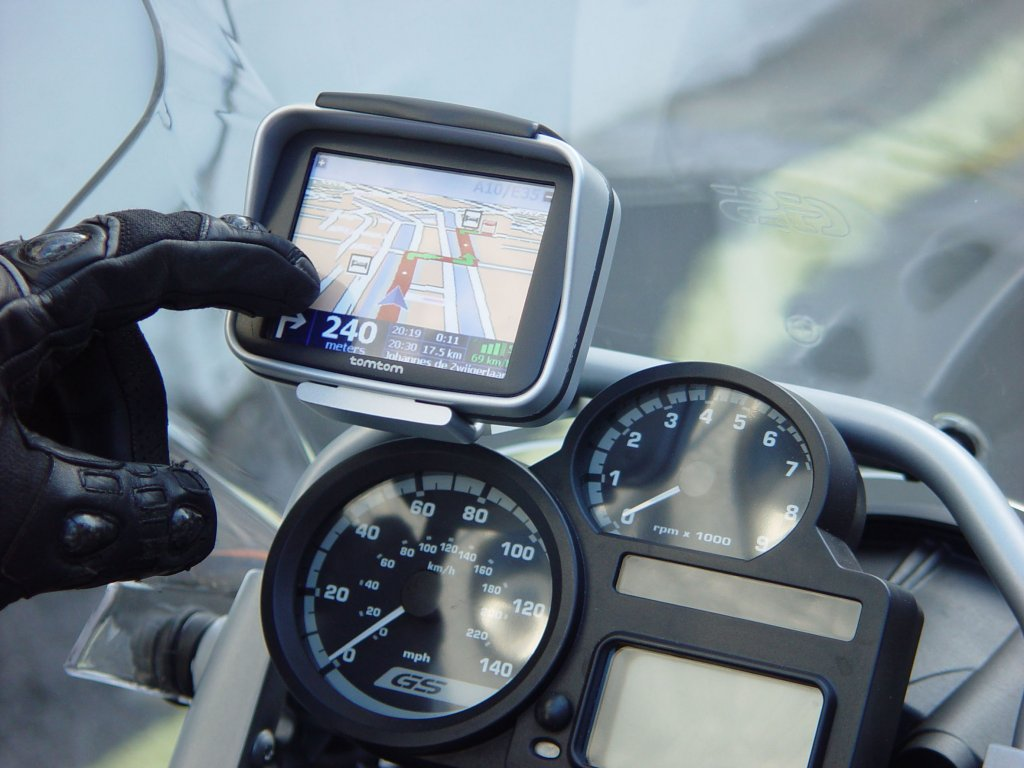 tomtom touch