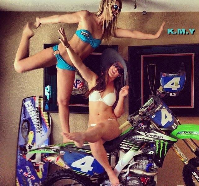 motorbike girls