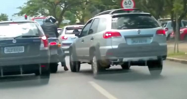 trafikte motor