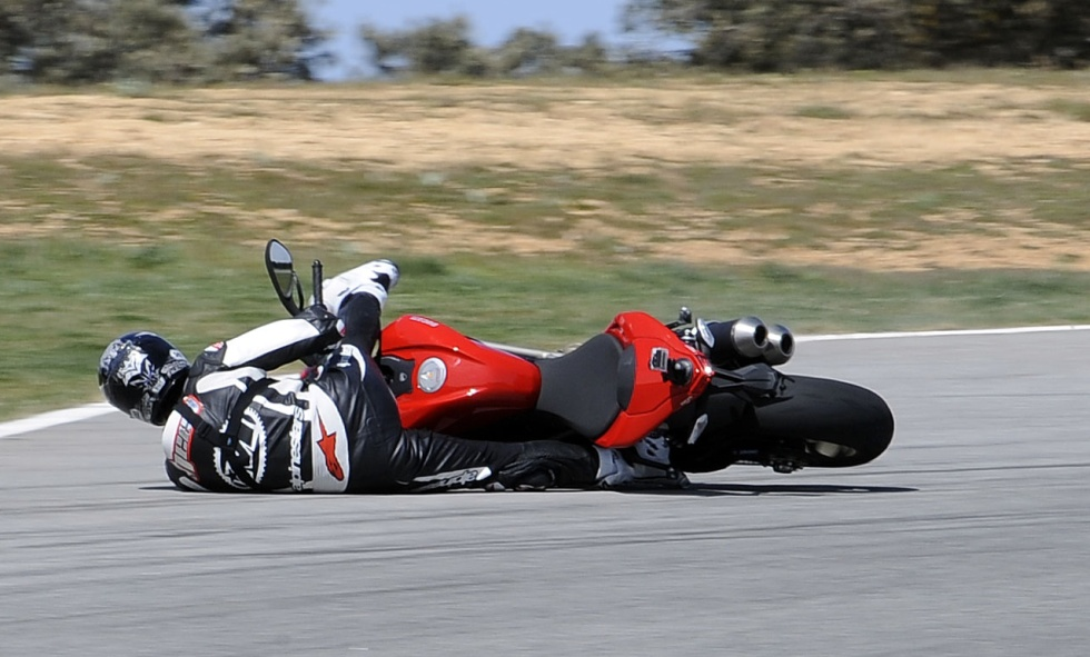 motosikletten düşmek