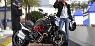 kadın motorcular