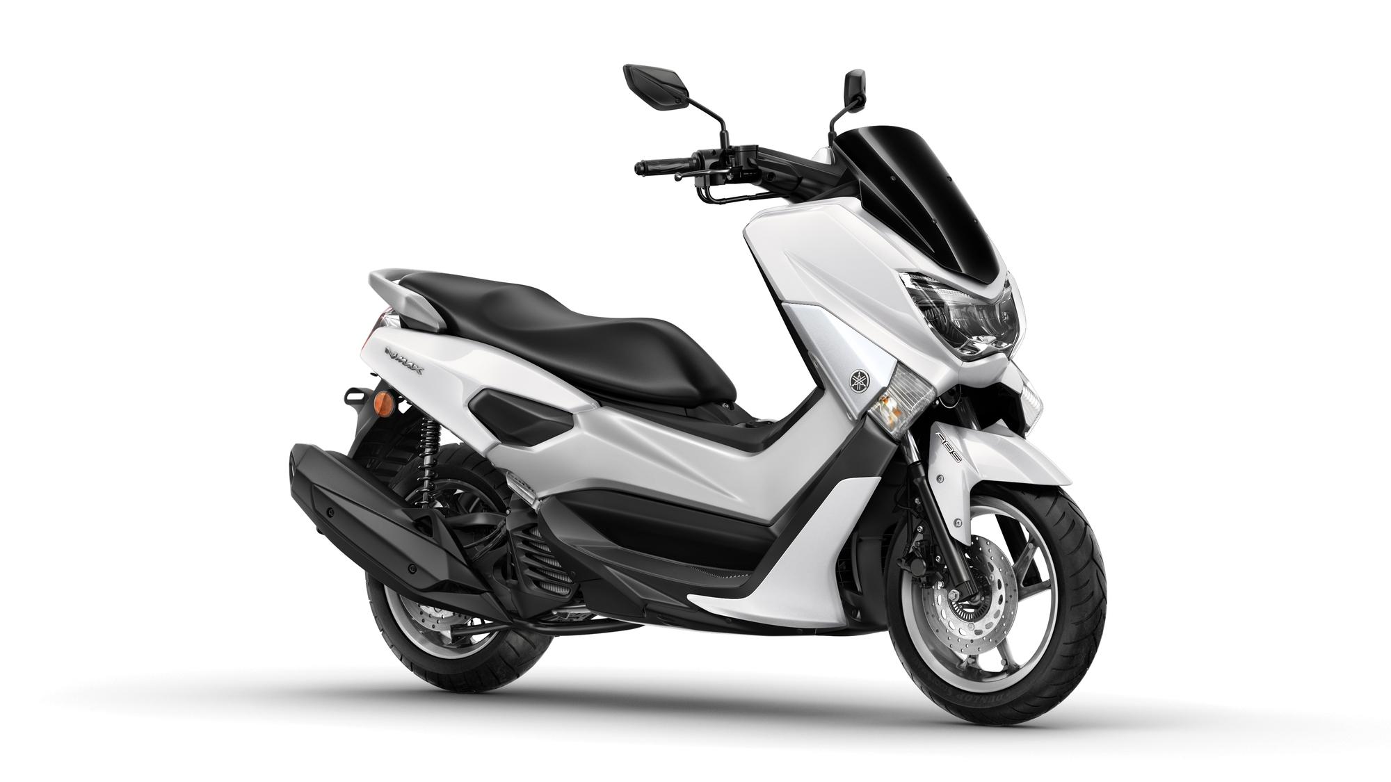 2015 Yamaha G125YM EU Milky White Studio 001 - Yamaha NMAX