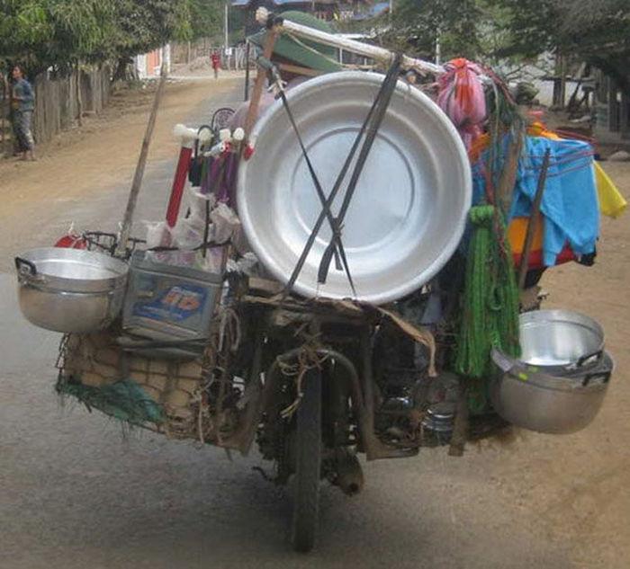 motosiklette evi taşımak