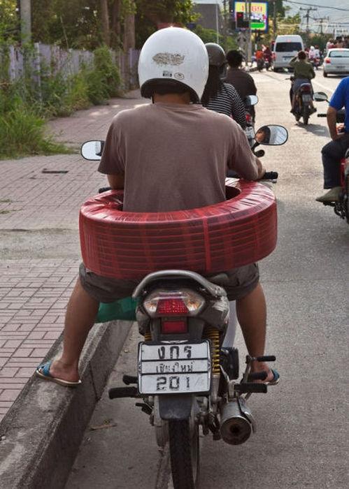 motosiklette kablo taşımak