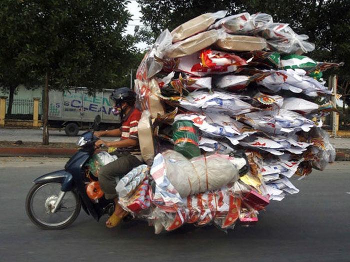 motosiklette dünyayı taşımak