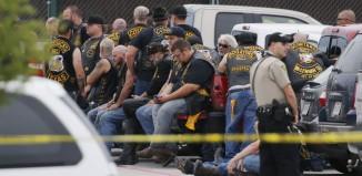 teksas polisi kontrol altına aldı