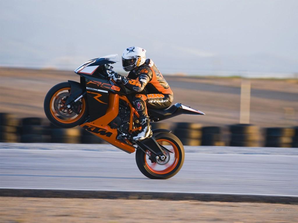 KTM_RC8_R_2011