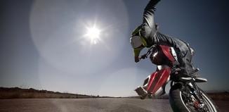 Motor-bike-Stunt-rider