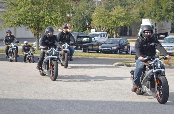 kavşakta motosiklet