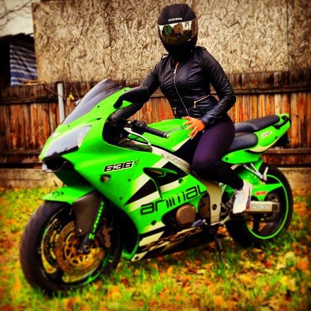 motosikletli kızlar (4)
