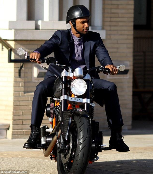 klasik giyim ve motosiklet