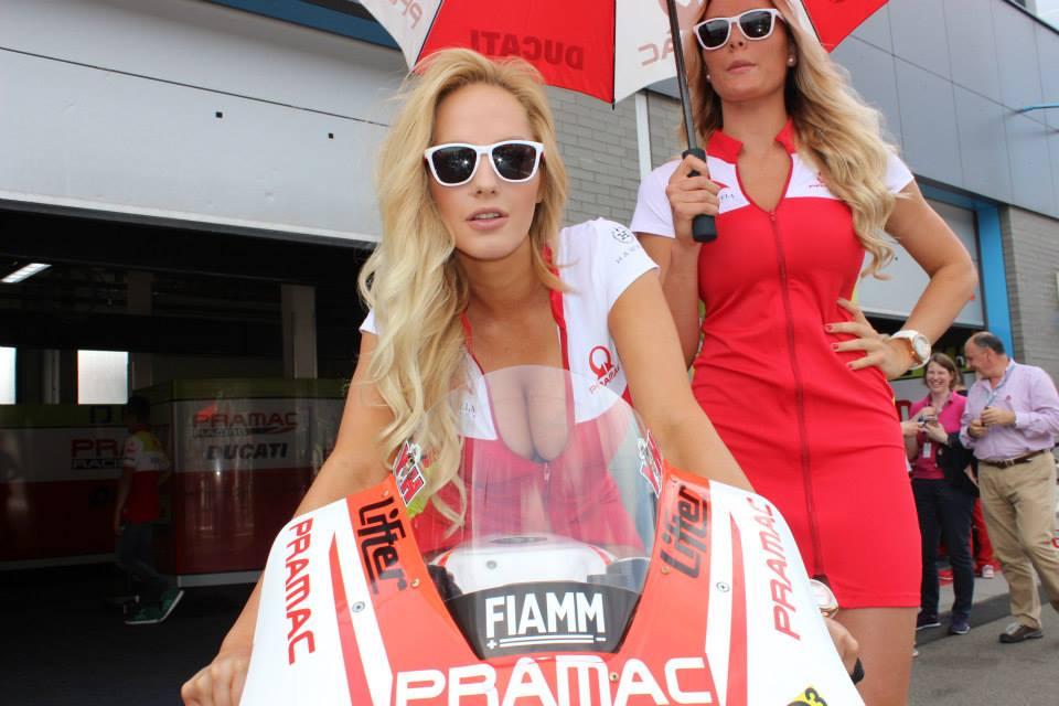 pramac racing girls (10)