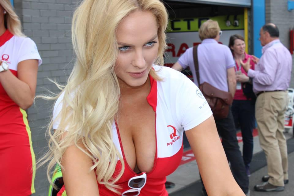 pramac racing girls (14)