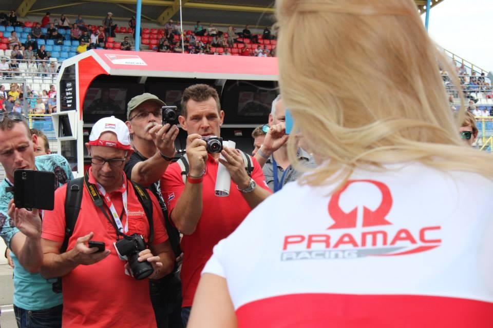 pramac racing girls (18)