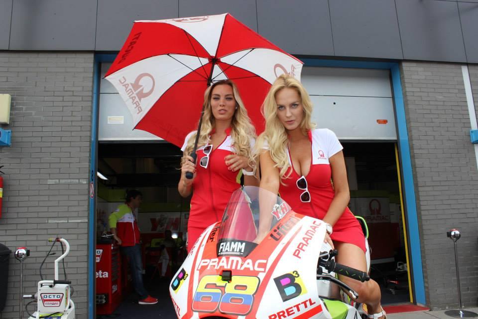 pramac racing girls (2)