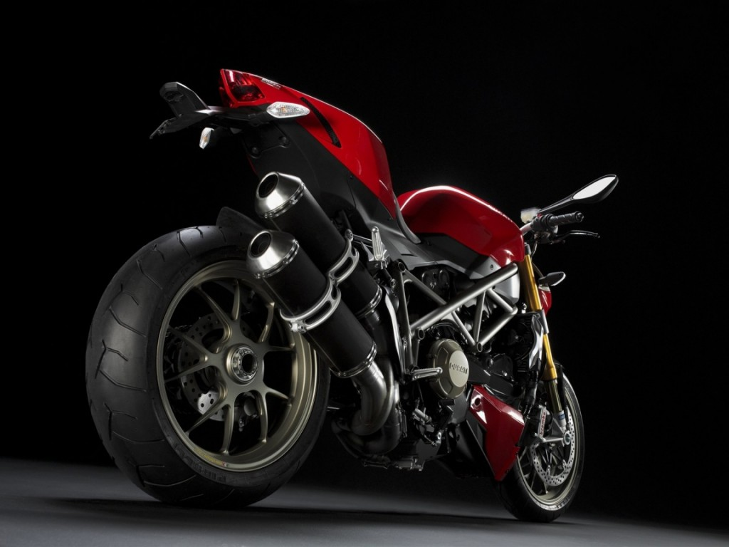 ducati_streetfighter_red