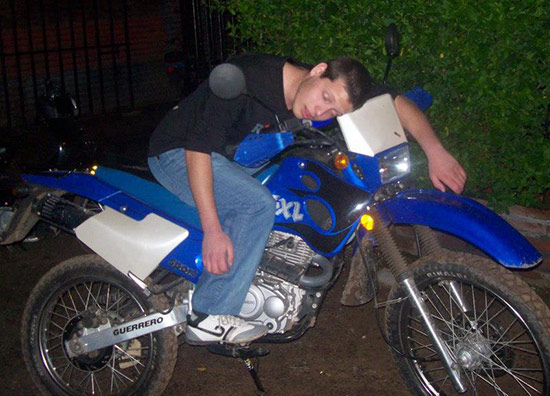 Sleeping-on-a-Motorcycle-32
