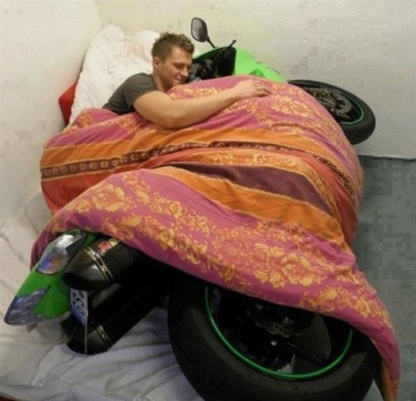 fb344f4fb4d309882d64ef6bdf6bbd62-guy-spooning-with-motorcycle