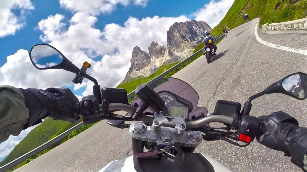 go-pro-motorcycle-with-friends-1421688746621