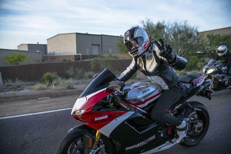 6.Womens_Ride680A