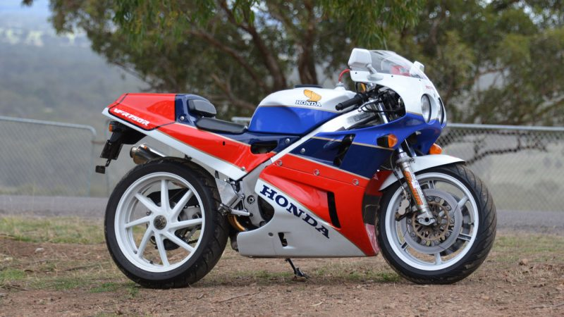 Honda RC30 Superbike