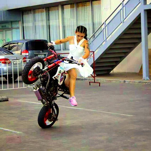 moto girl (6)