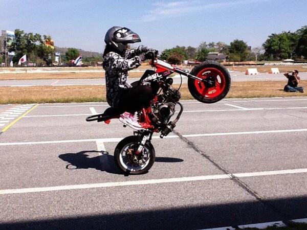 moto girl (7)