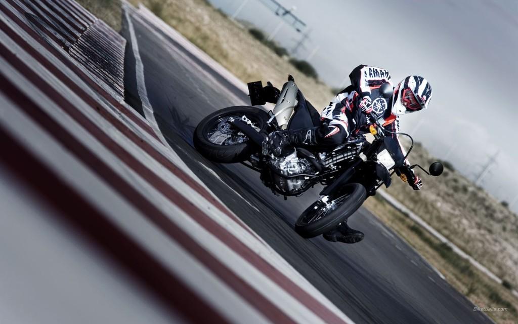 Yamaha_WR250X_2008_03_1680x1050