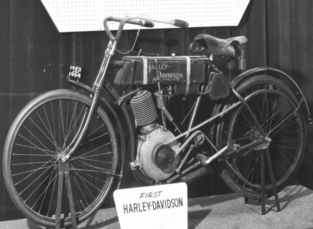 1903-4_Harley-Davidson