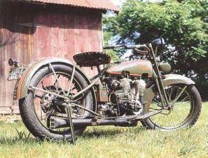 1925_Harley-Davidson_JD_Right-Rear-300x228