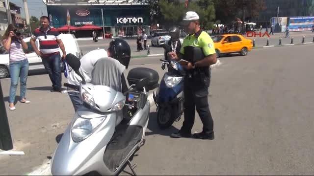 bursa-kask-motosikletin-emniyet-kemeridir-diy-7595203_x_o