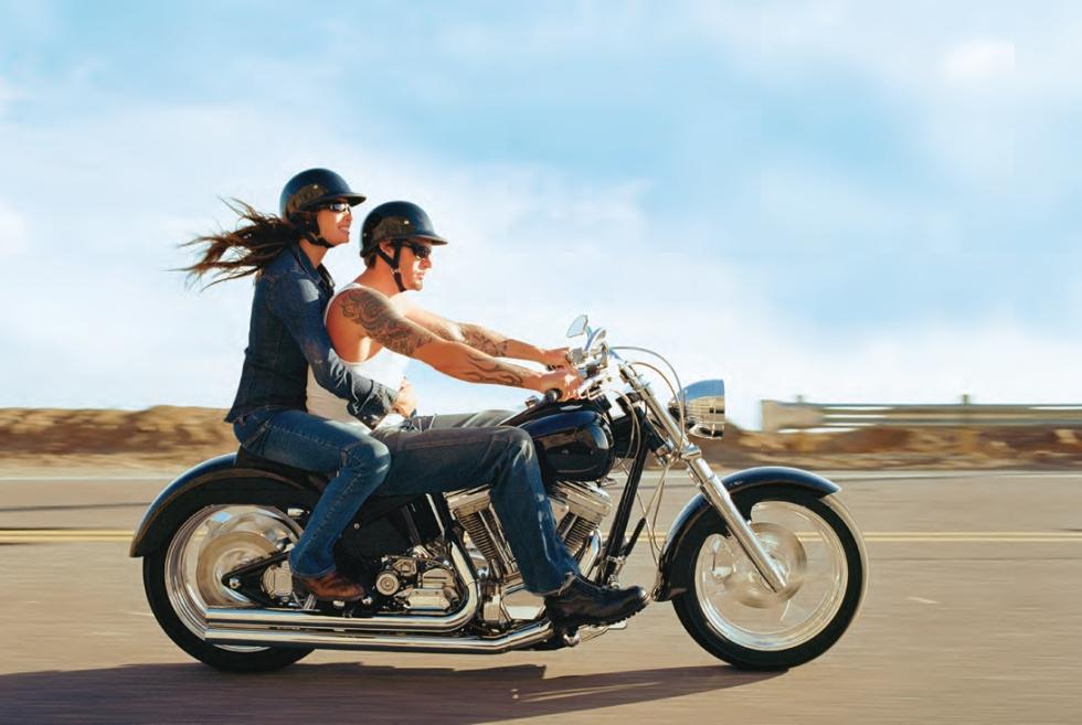 motorcycle-couple
