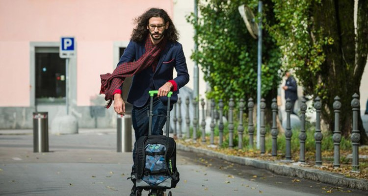 olaf-scooter-longboard-sirt-cantasi-tasarim-4-750x400