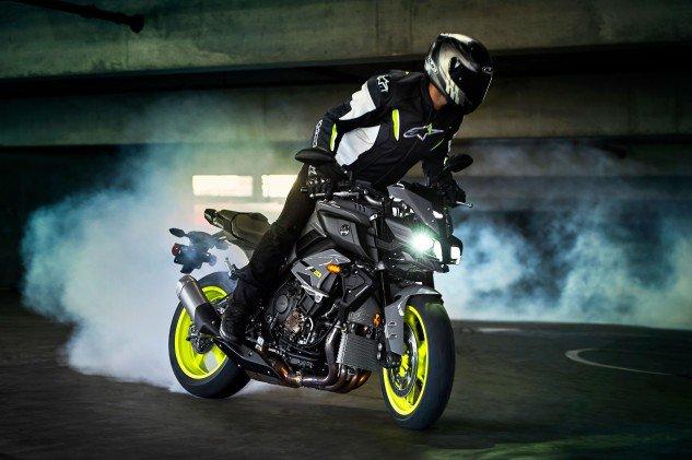 2017 Yamaha FZ-10 (3)