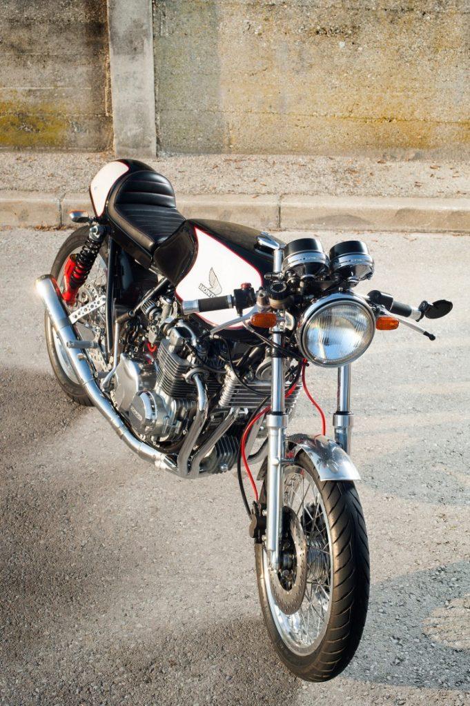 Honda-CB550-Cafe-Racer-2-740x1112