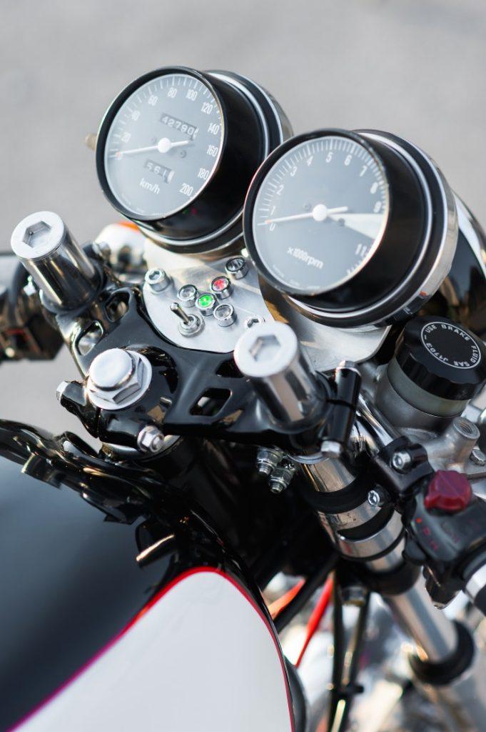 Honda-CB550-Cafe-Racer-4-740x1112