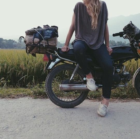 motosiklet arka çanta