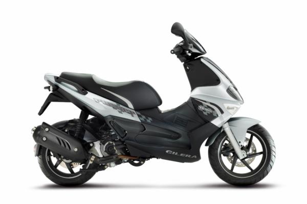50-cc-250-cc-scooter-2