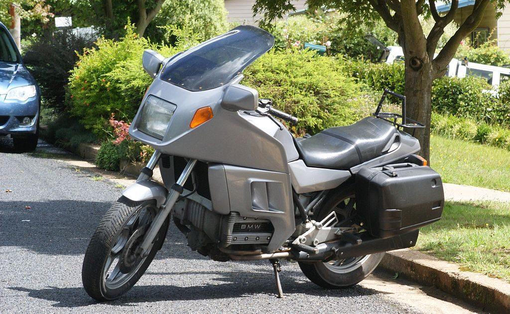 1024px-bmw_k100_rt_street_bike