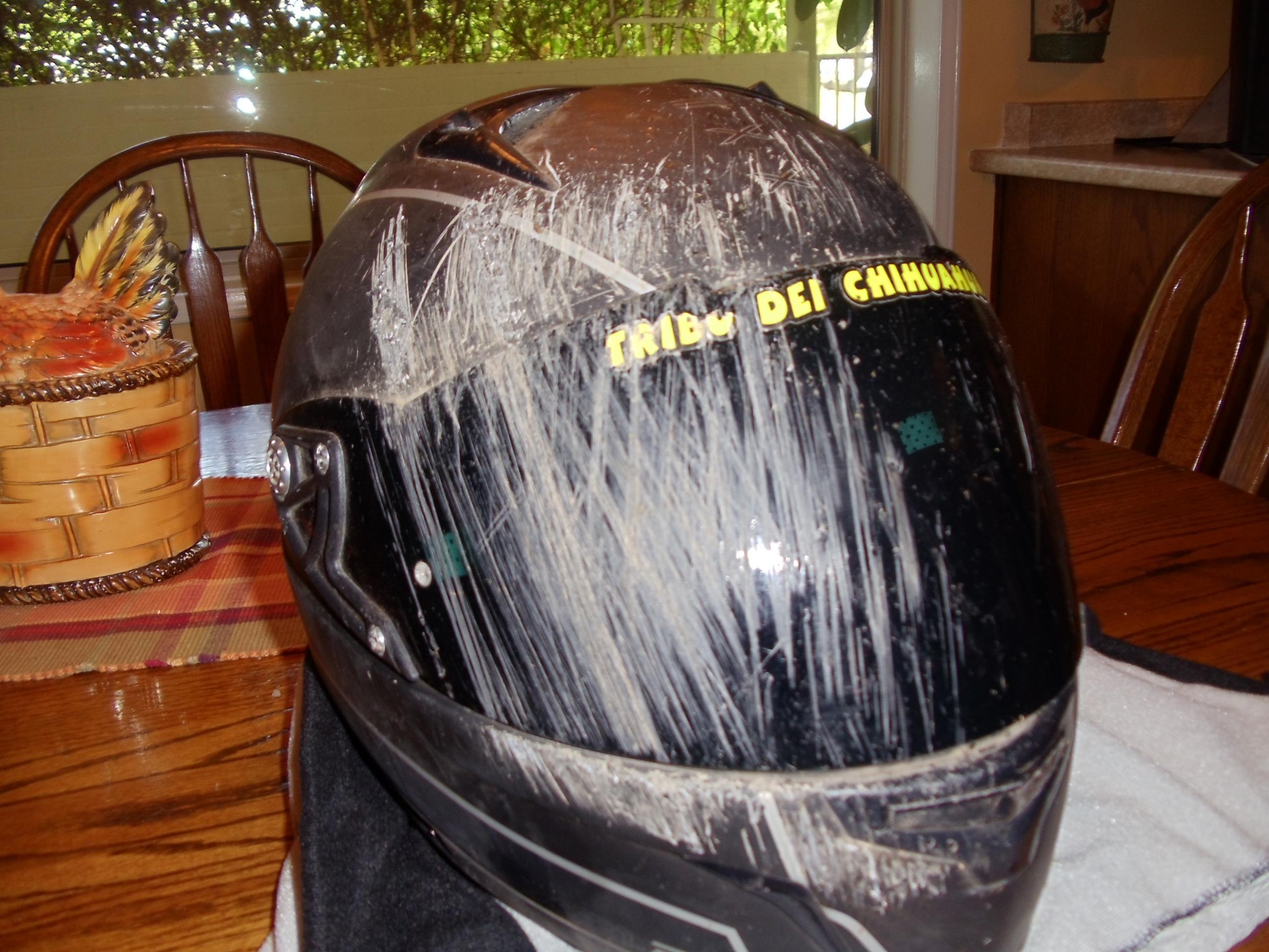 kaza sonrası kasklar