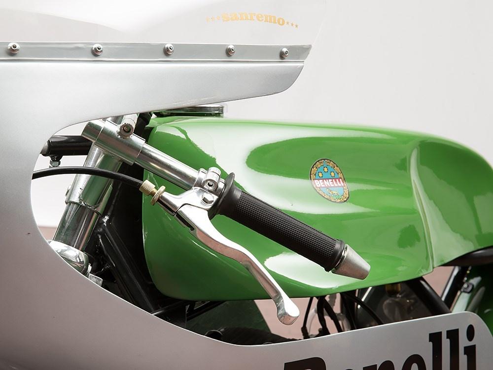 1968-benelli-250-1