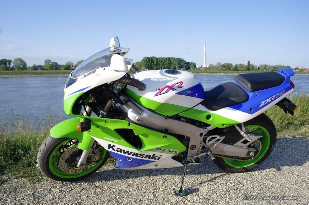 1991-kawasaki-zxr-750-16