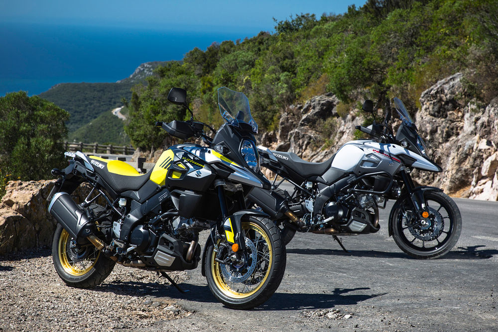 2018-suzuki-v-strom-1000-and-xt_action_8