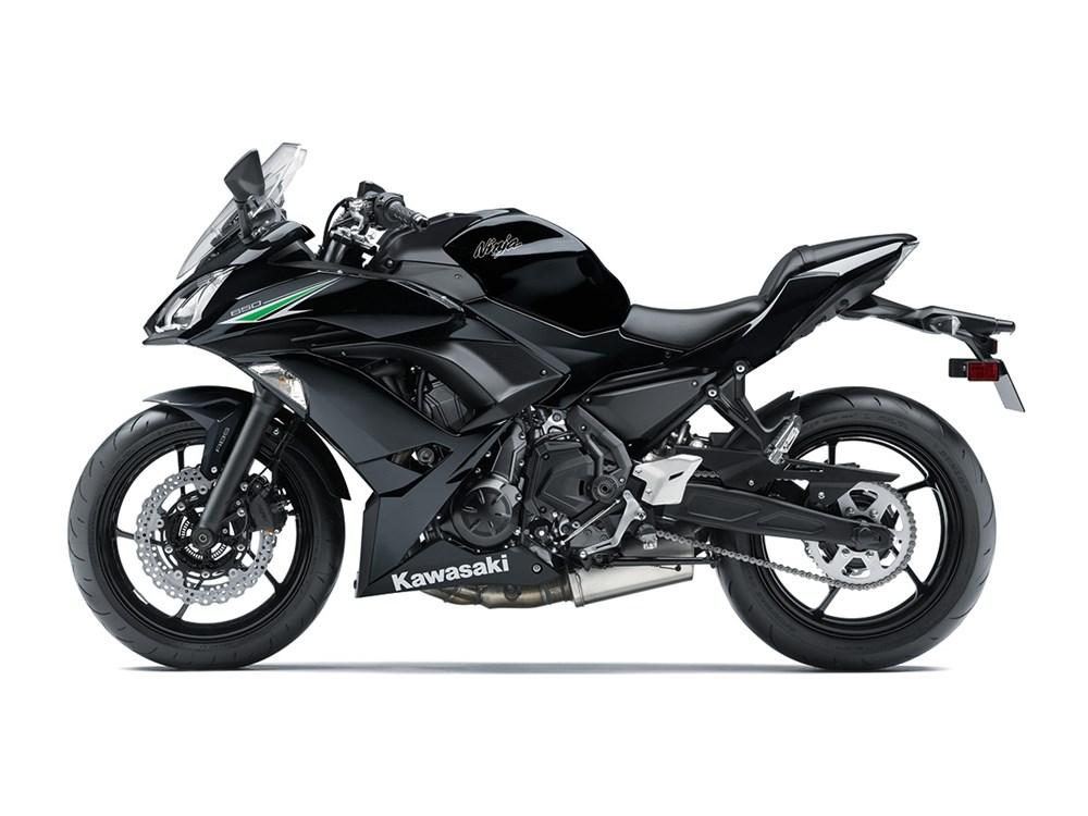 ninja-650-black-3