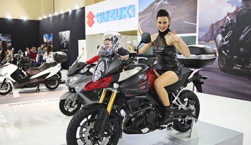 eurasia_motosiklet_fuari_suzuki_h4038