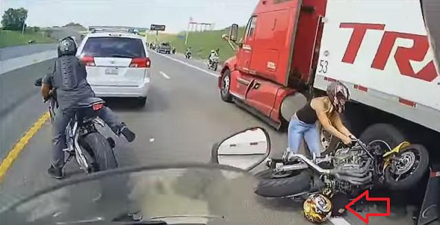 motosiklet anları 1 - Felaketten 1 saniye önce çekilmiş 20 fotoğraf